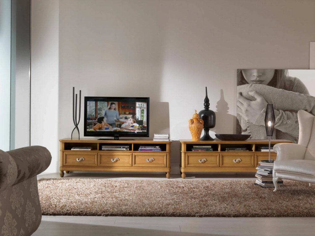 Комод - это также функциональная подставка под телевизор