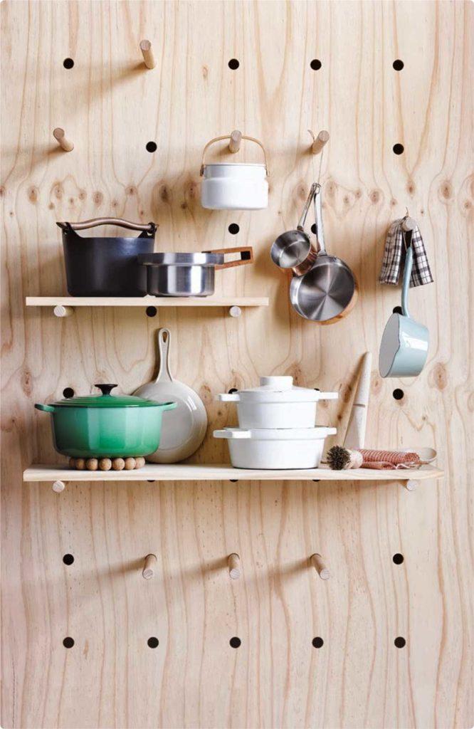 Компактное хранение посуды