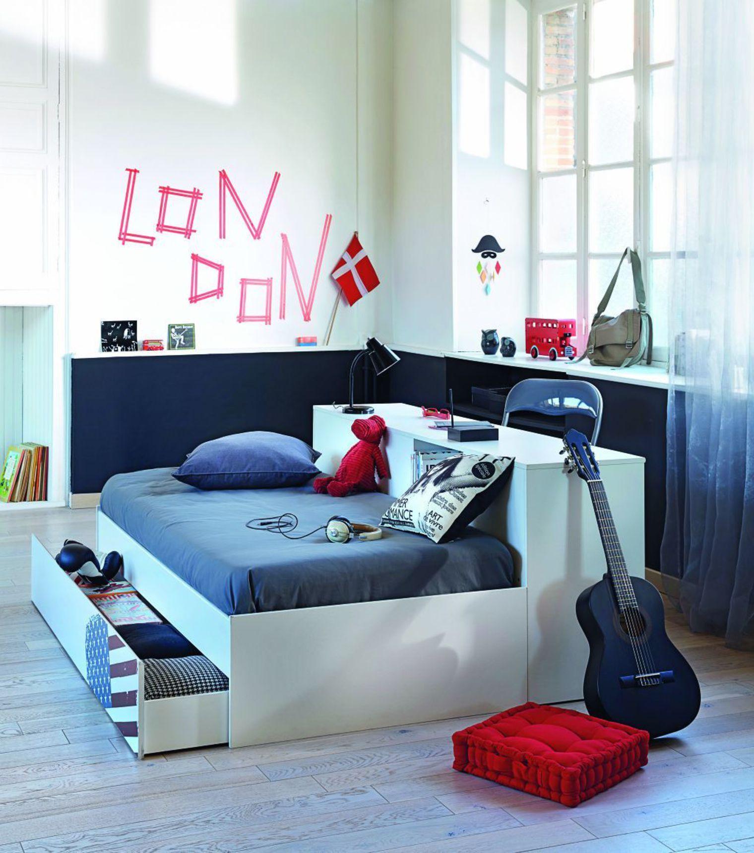 Дизайн комнаты для подростка с кроватью