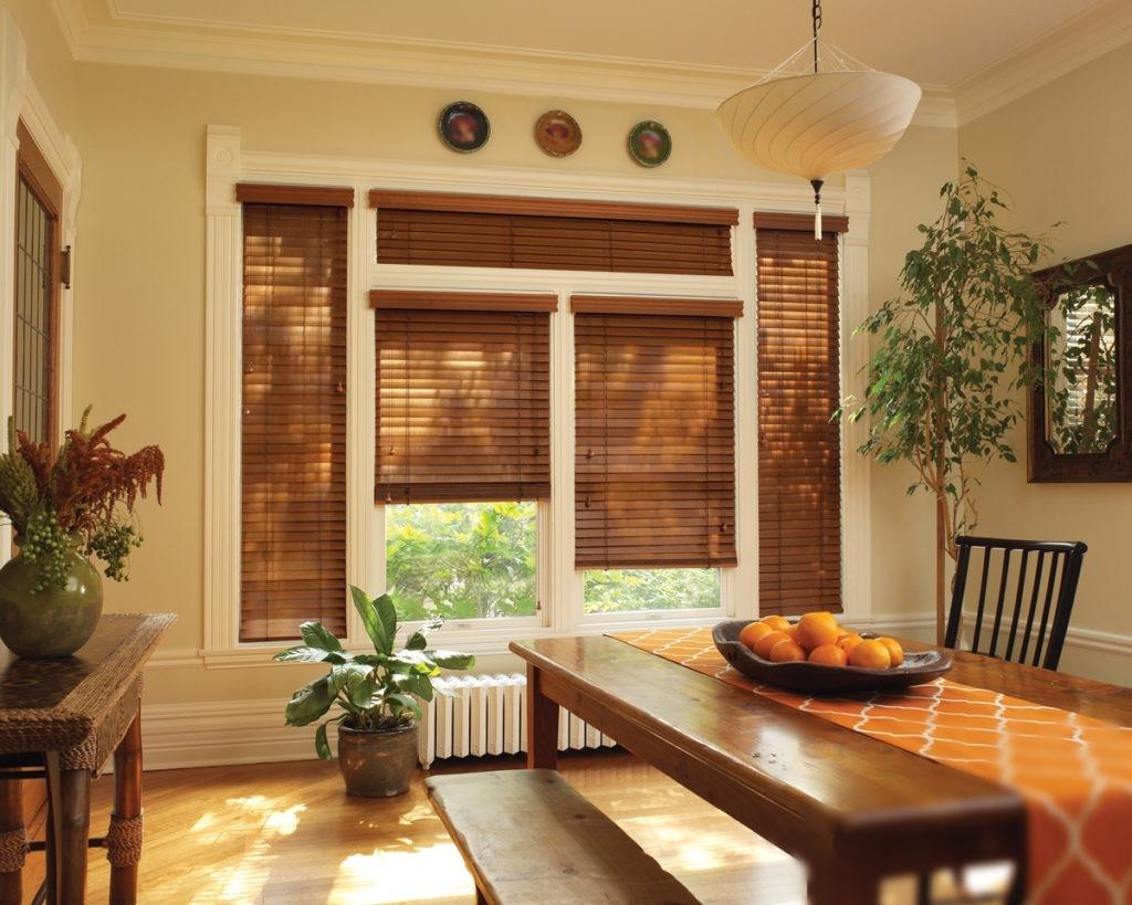 Натуральные бамбуковые шторы для столовой