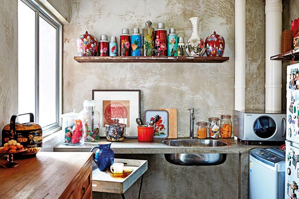 Кухонная полка должна дополнять оригинальный стиль вашей кухни