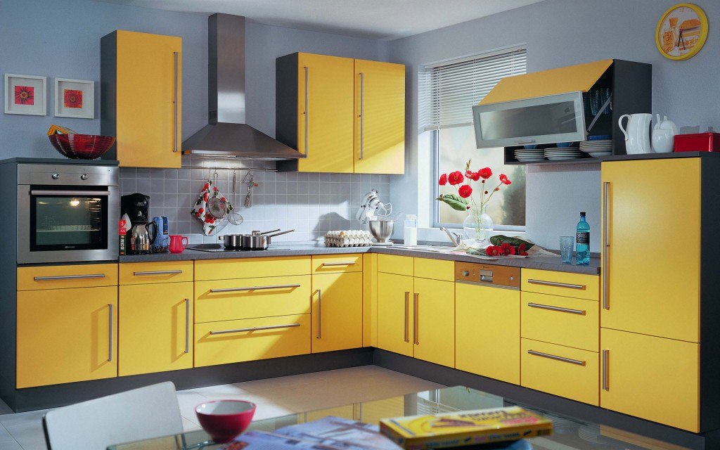 Серо-желтая современная кухня