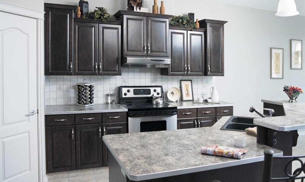 Стильный классический черно-серый кухонный гарнитур