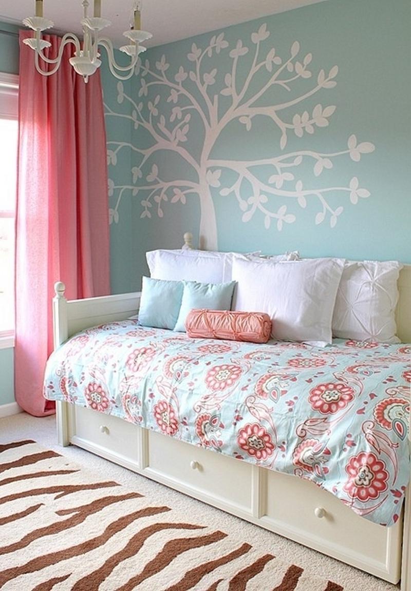 Дизайн комнаты для подростка в пастельных тонах