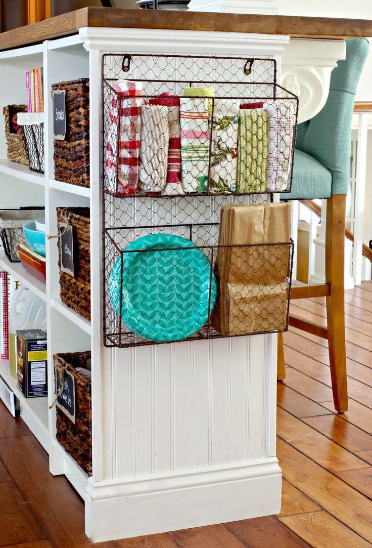Подставка для полотенец на кухне
