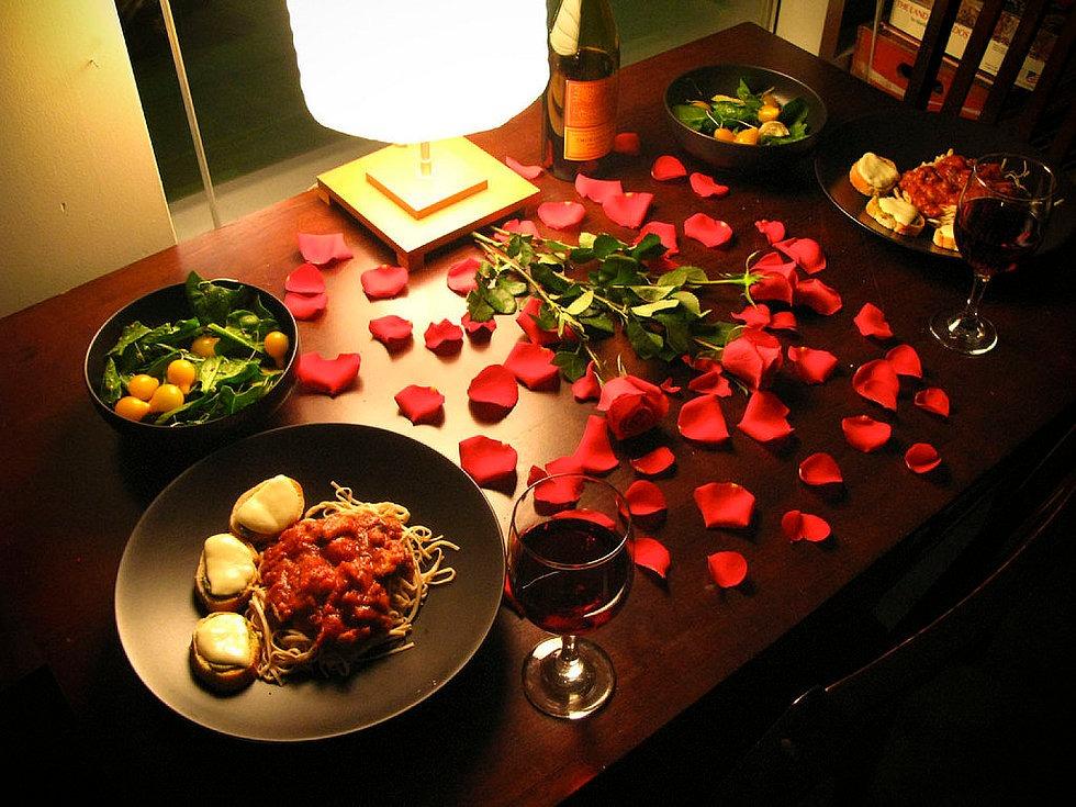 Классический романтический ужин