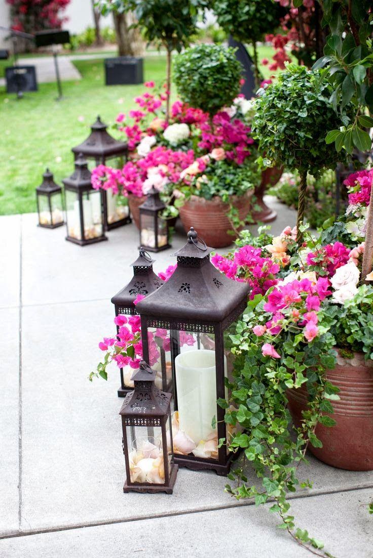 Романтический декор в саду