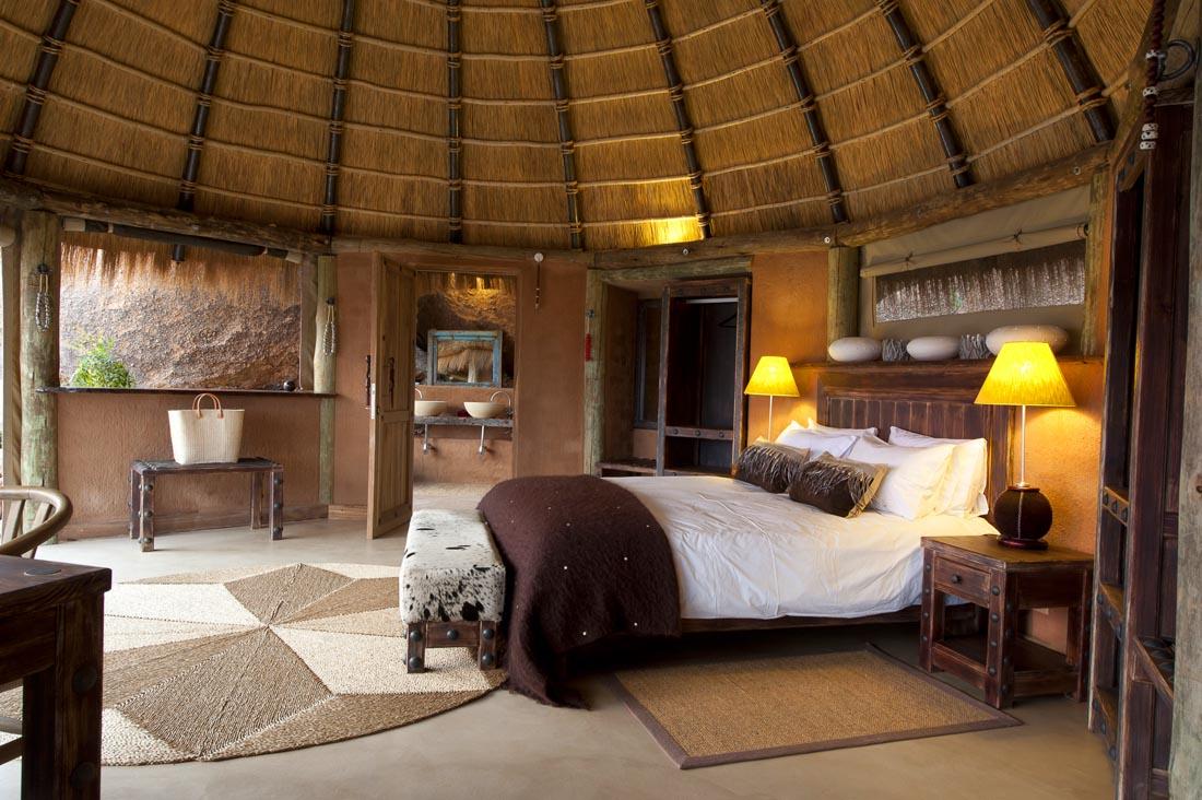 Спальня в стиле хижины