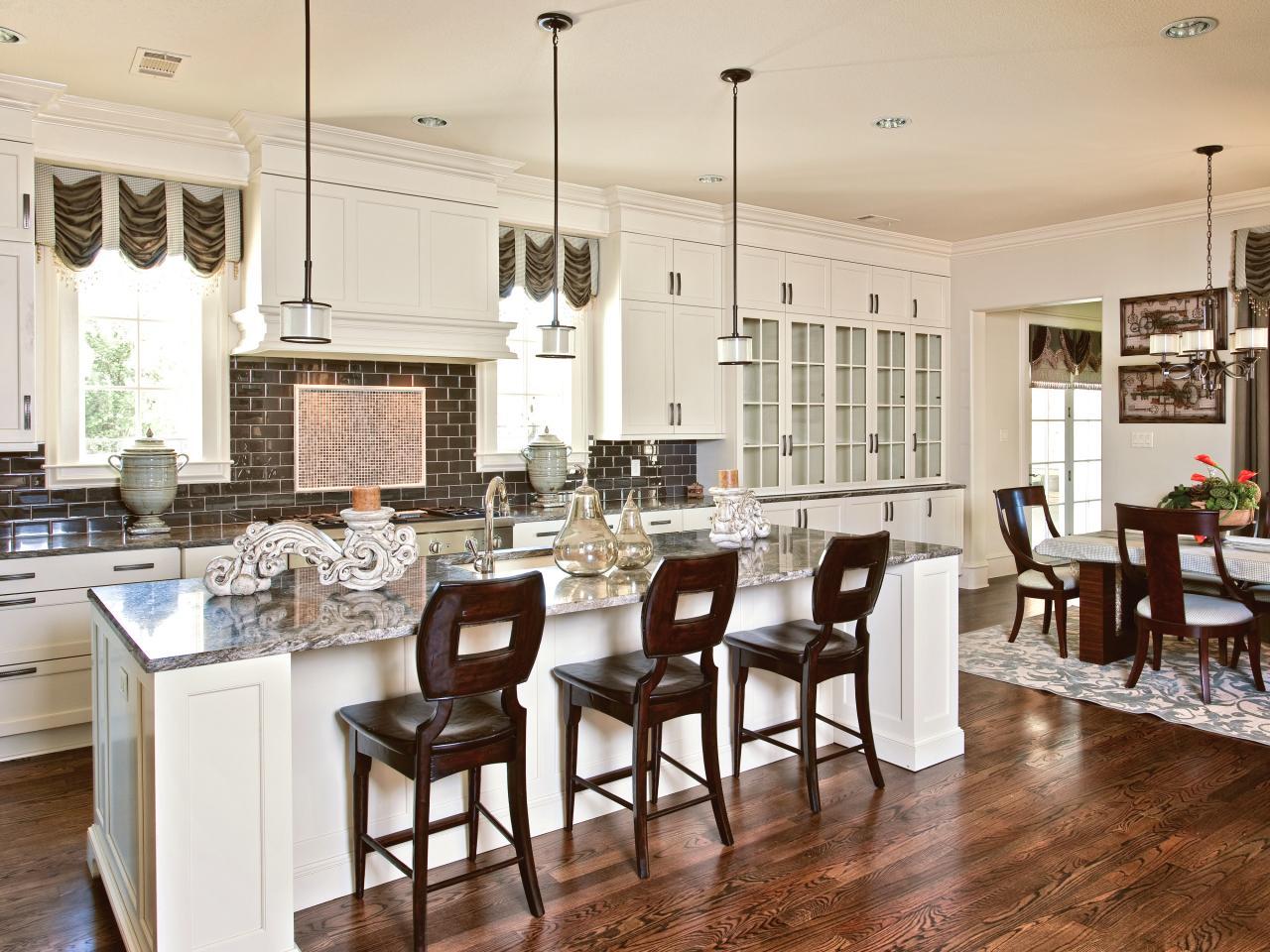 Дизайн кухни с барной стойкой американский