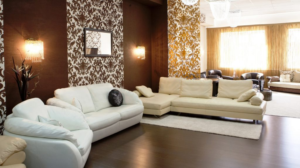 Бежевая мебель в гостиной