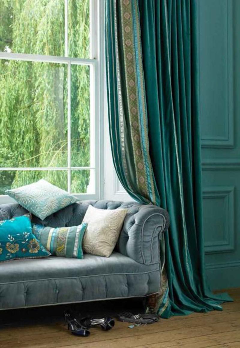 Классическая гостиная в бирюзовых цветах