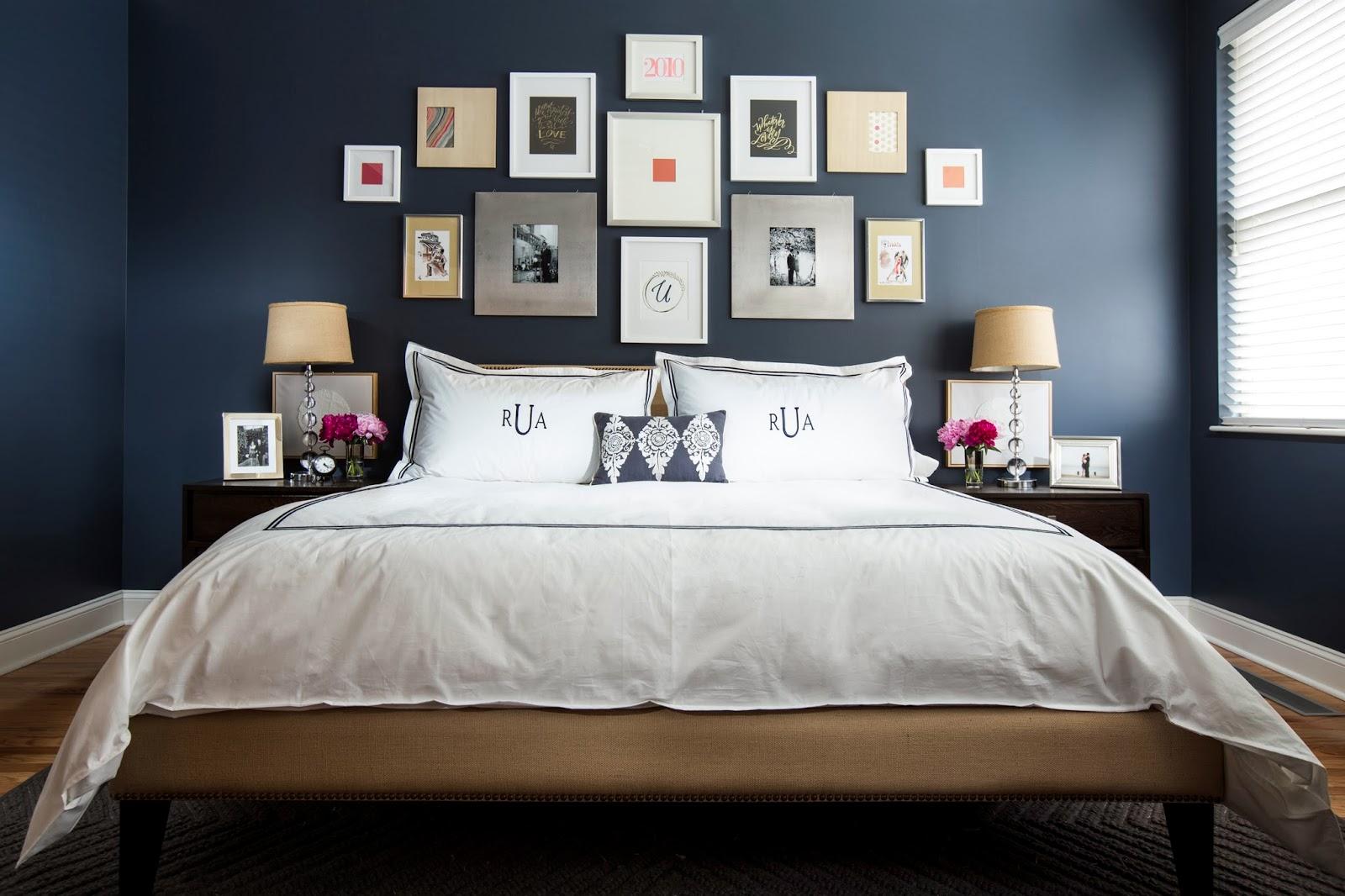 Декор над кроватью в спальне