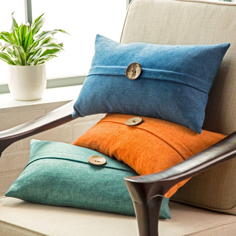 Небольшие цветные декоративные подушки