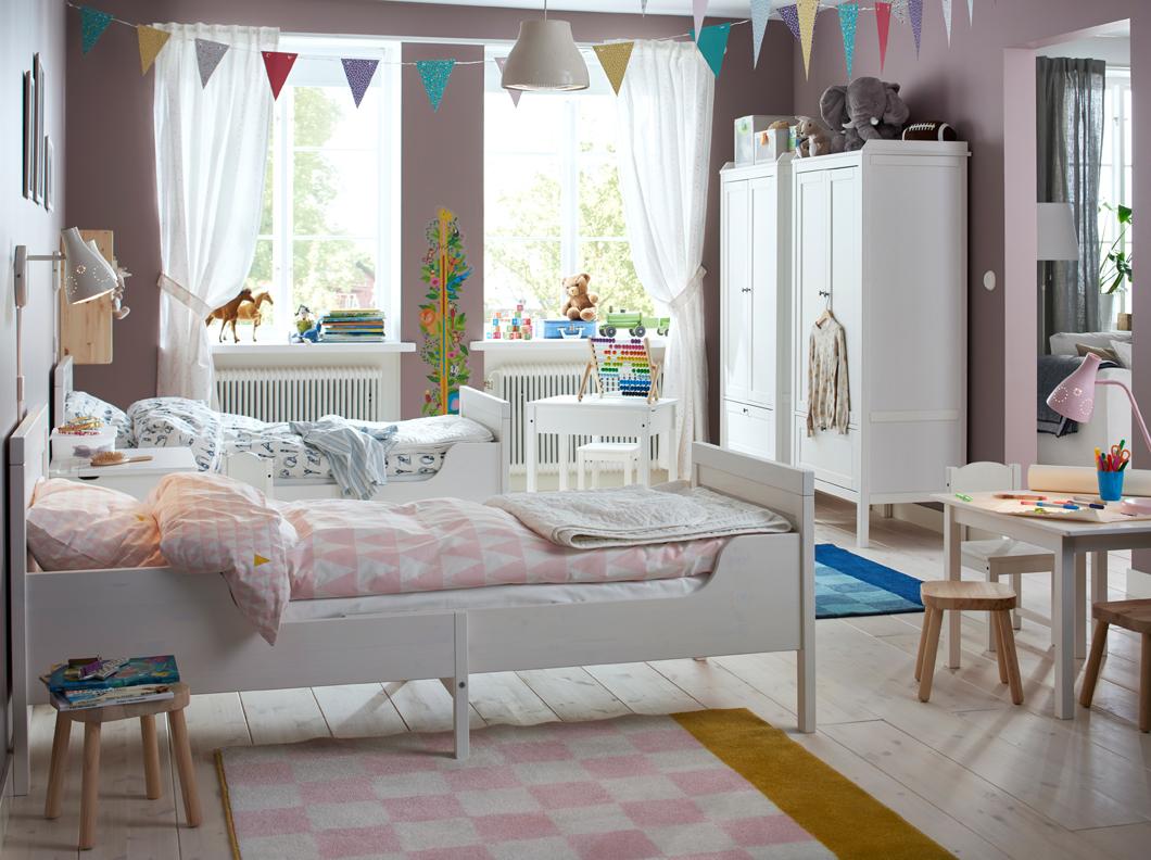 Дизайн штор для детской комнаты с держателями