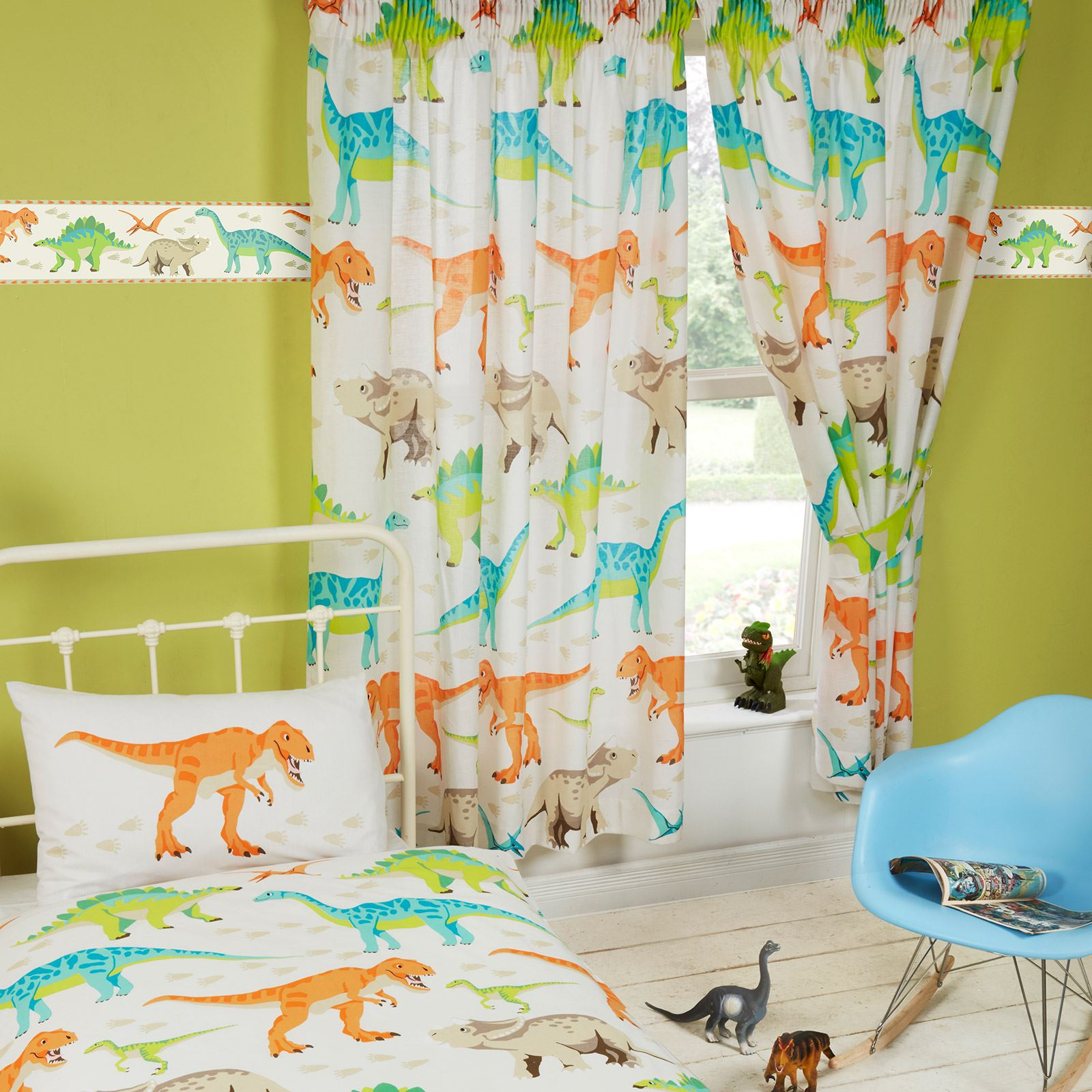 Дизайн штор для детской комнаты с динозаврами