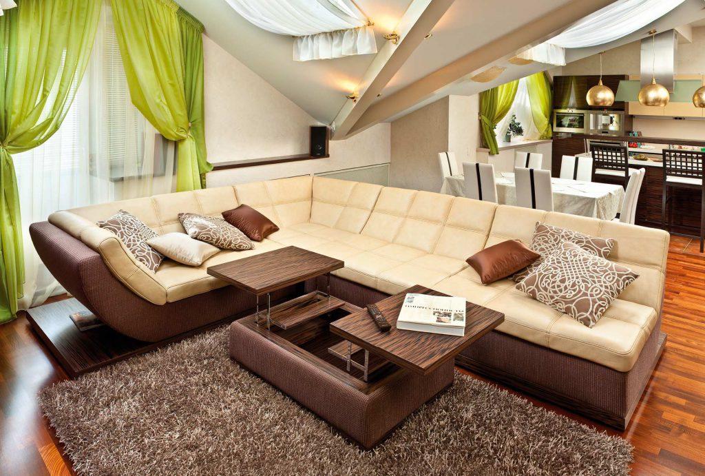 Бежево-коричневый модульный диван для гостиной