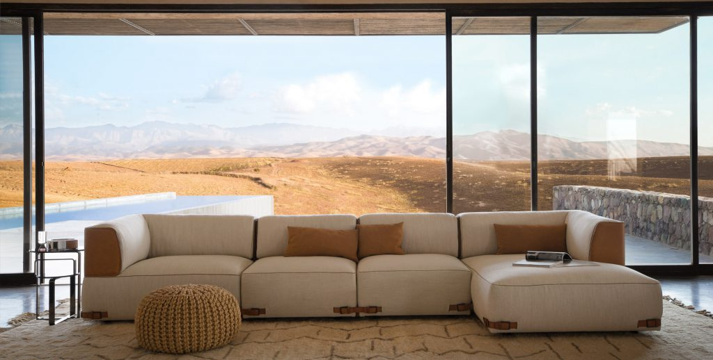 Модульный бежево-коричневый диван