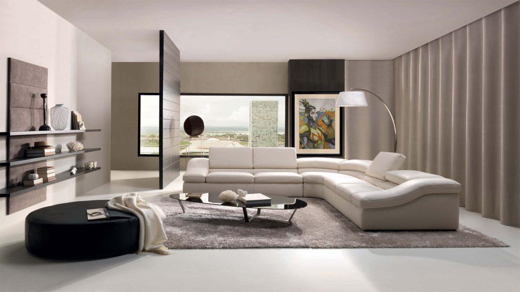 Большой белый кожаный диван
