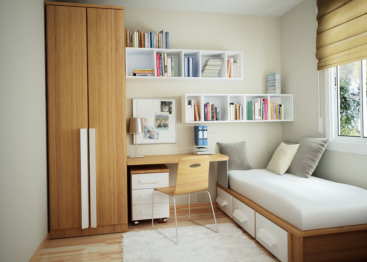 Небольшая светлая спальня с рабочим местом
