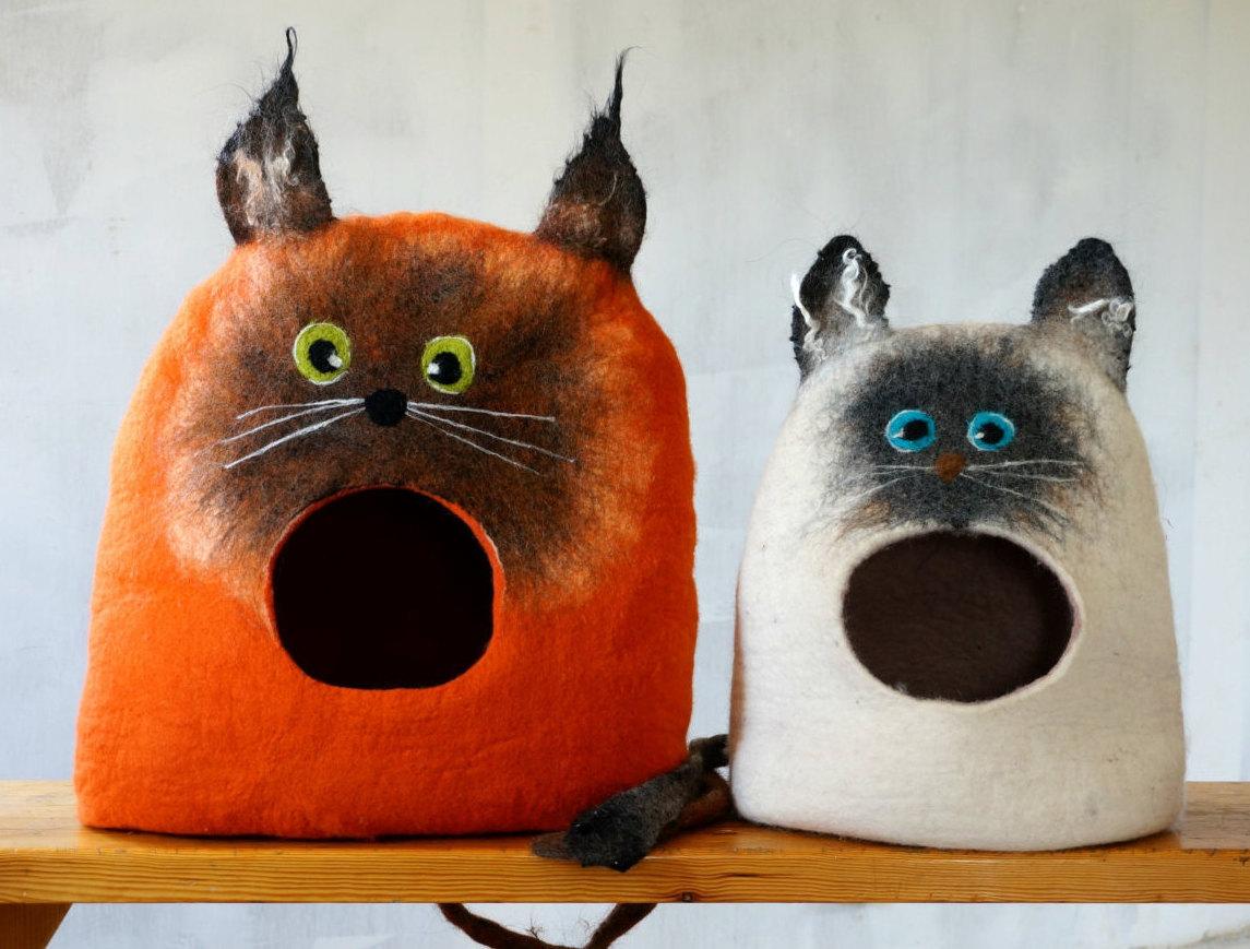 Необычные валяные домики для котов