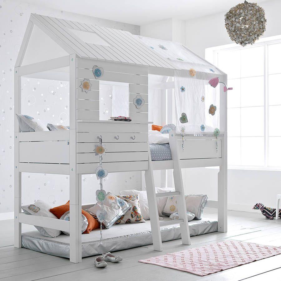 Двухъярусная детская кровать из досок
