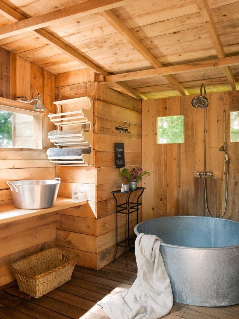 Интерьер бани с душем