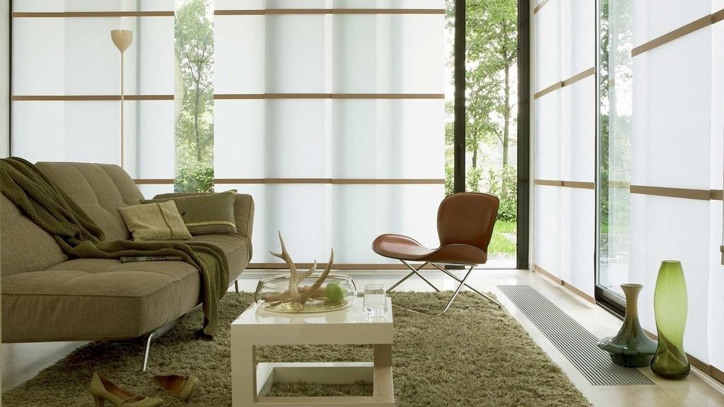 Светлая гостиная в частном доме