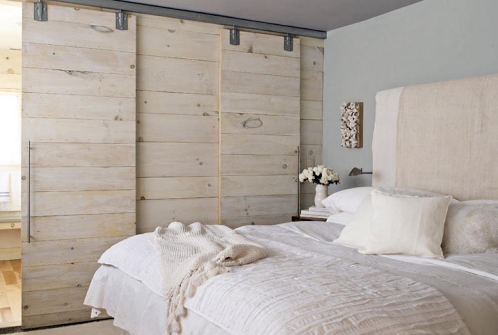 Эко спальня в бежевых тонах
