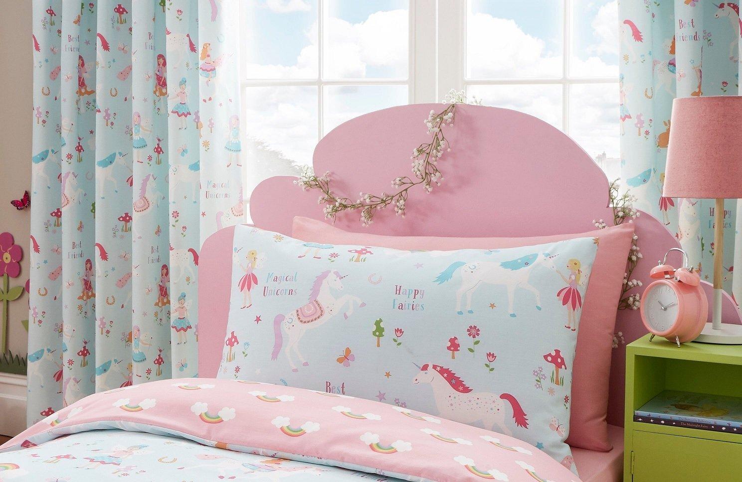 Дизайн штор для детской комнаты с единорогами