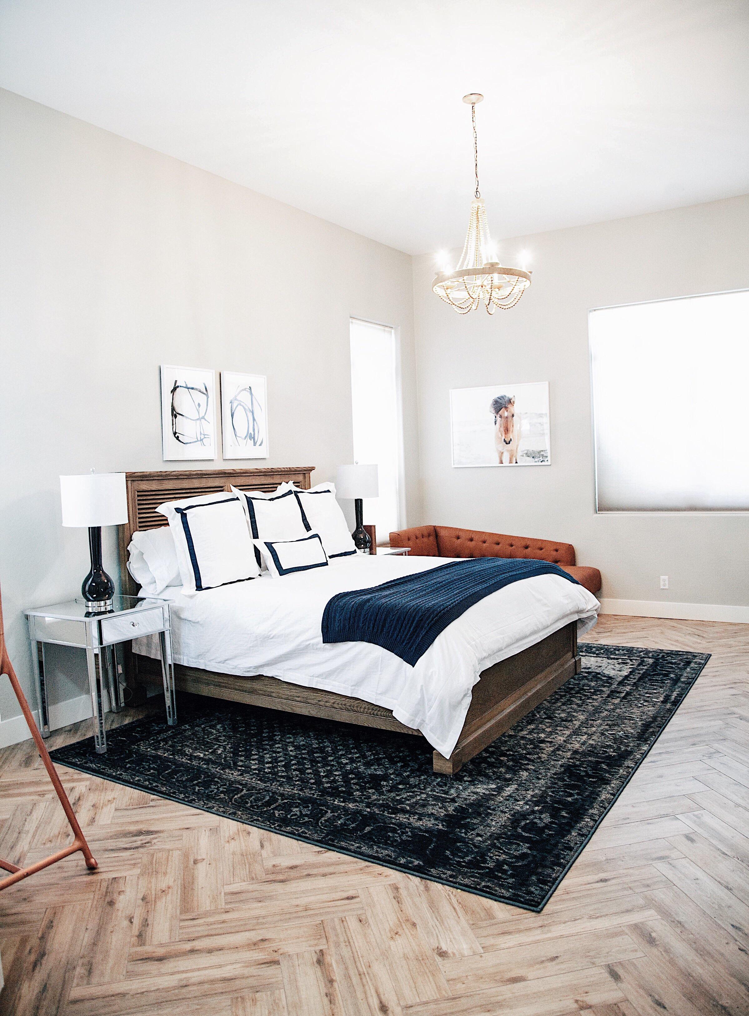 Картины над кроватью в спальне в стиле эко