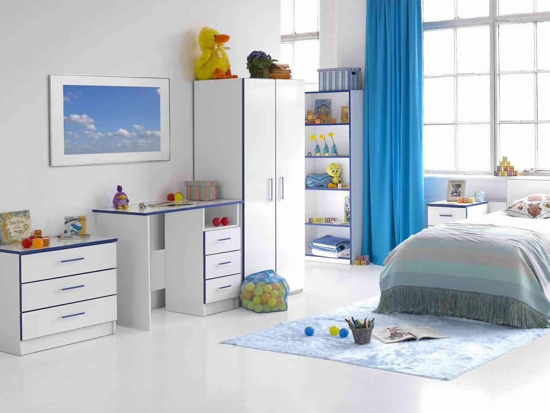 Дизайн штор для детской комнаты цвета электрик