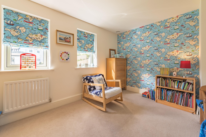 Дизайн штор для детской комнаты географический