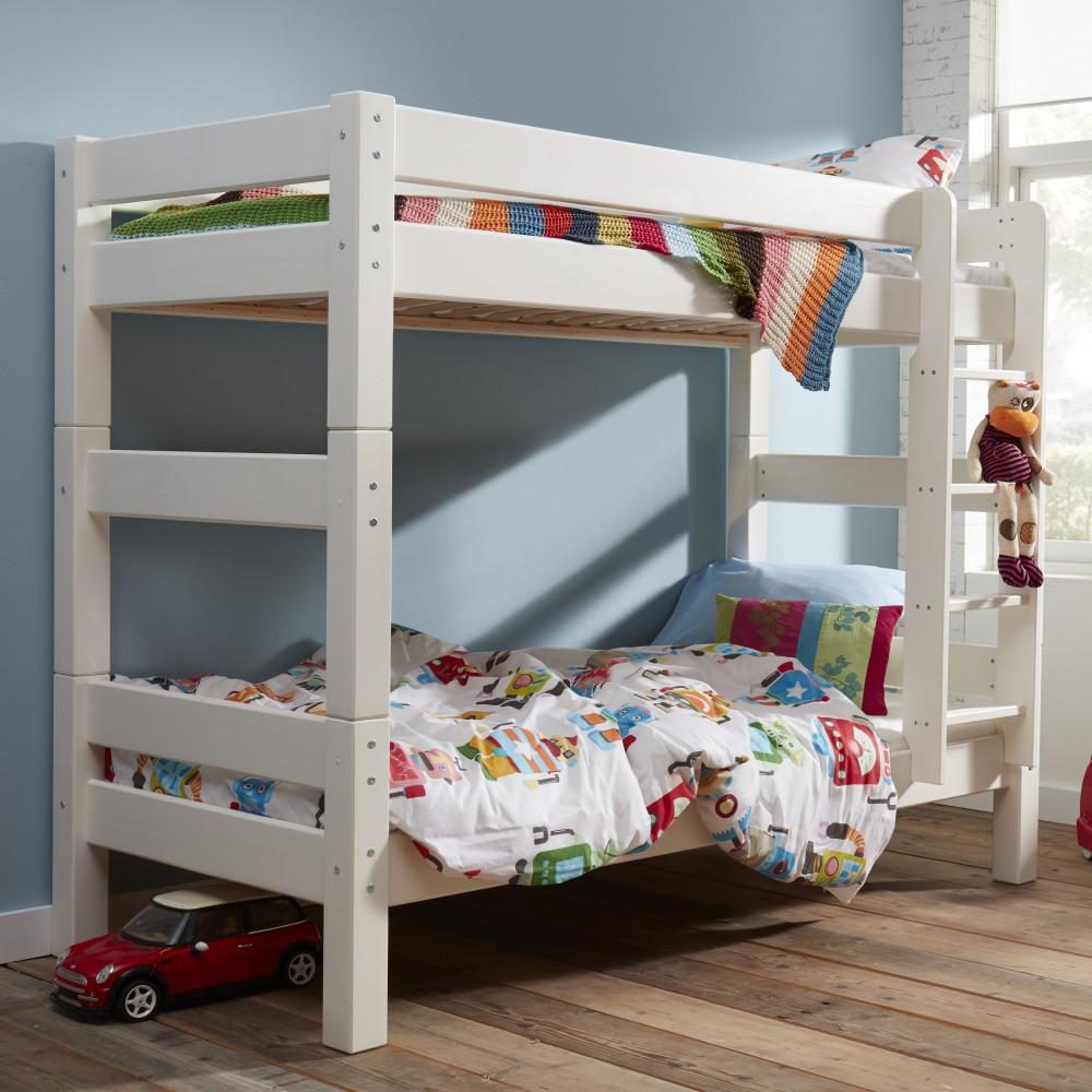 Двухъярусная детская кровать в интерьере