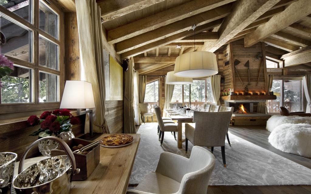 Столовая и гостиная в деревенском стиле