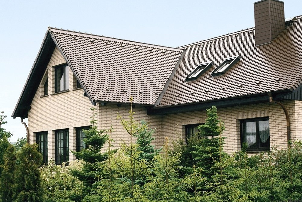 Фасад из желтого клинкерного кирпича