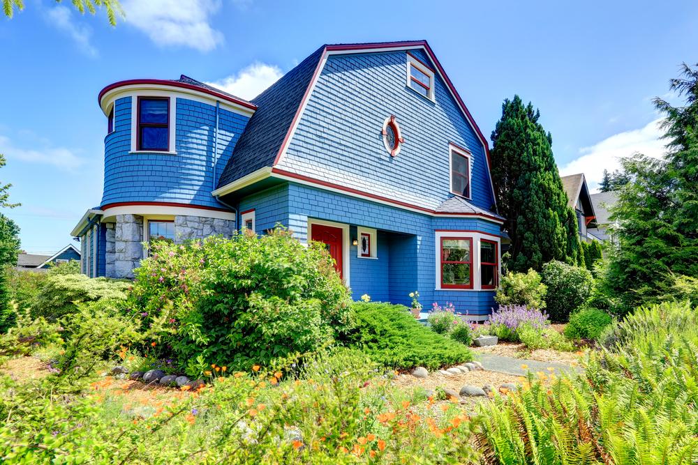 Фасад из голубого кирпича