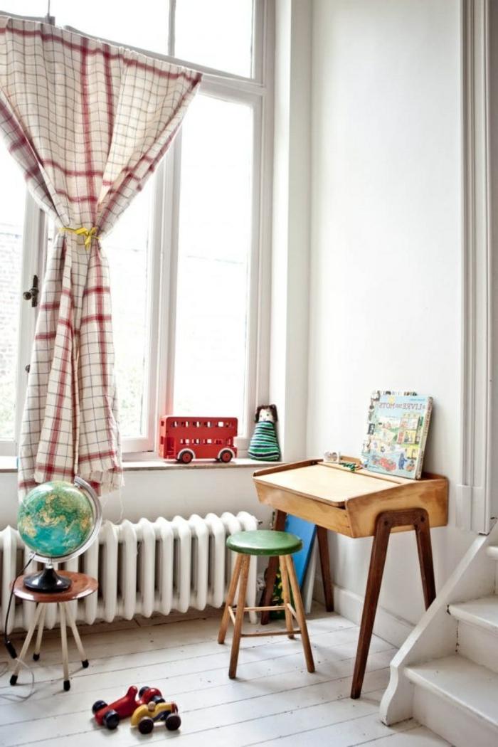 Дизайн штор для детской комнаты в клетку