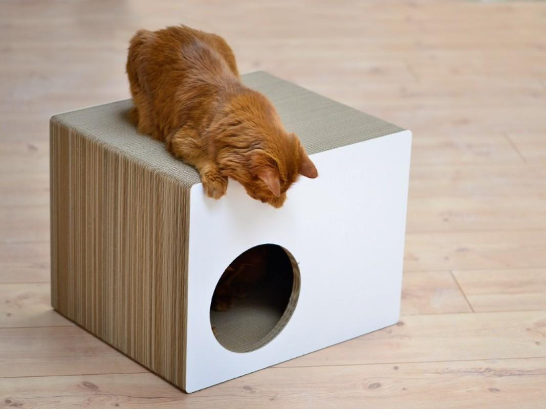 Домик для кошки квадратный