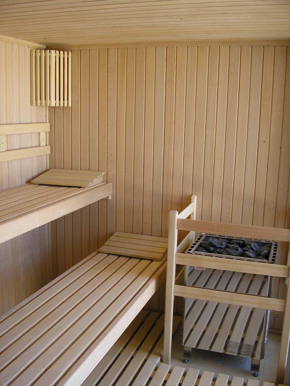 Интерьер бани из лиственницы
