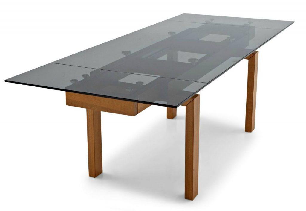 Стол-трансформер из дерева и стекла