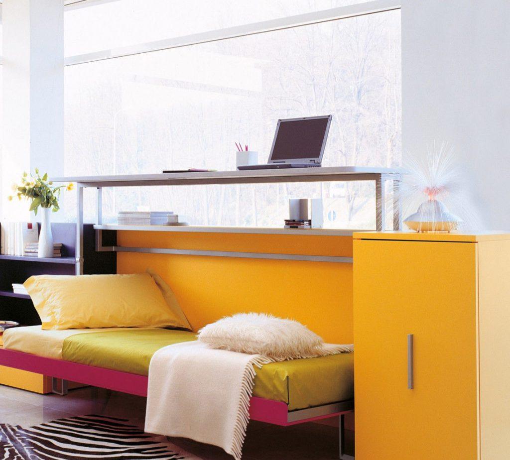 Удобный диван-кровать для подростка
