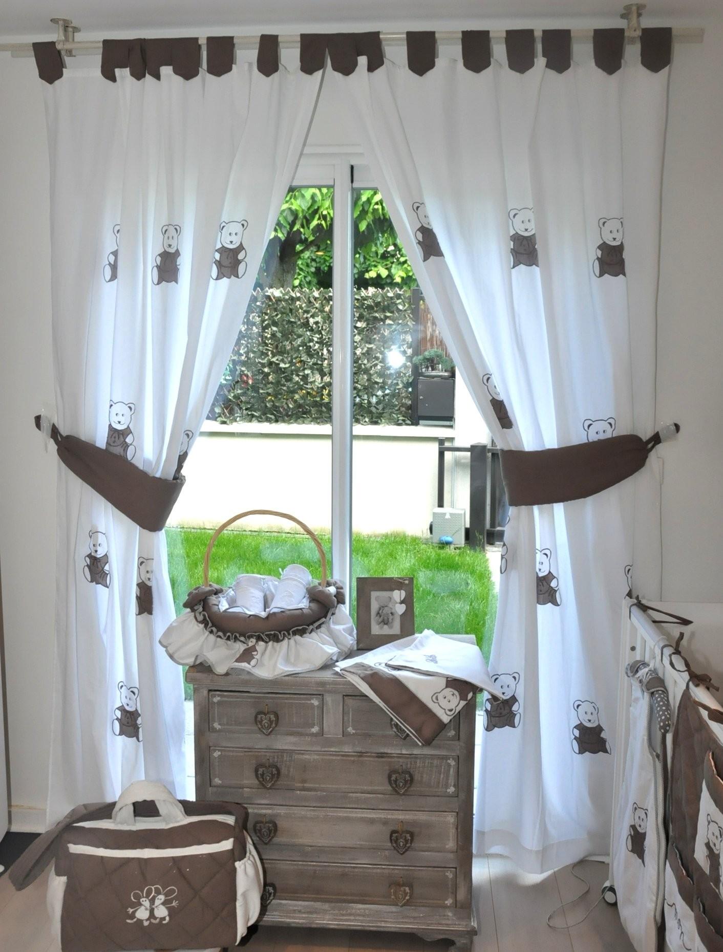Дизайн штор для детской комнаты с мишками