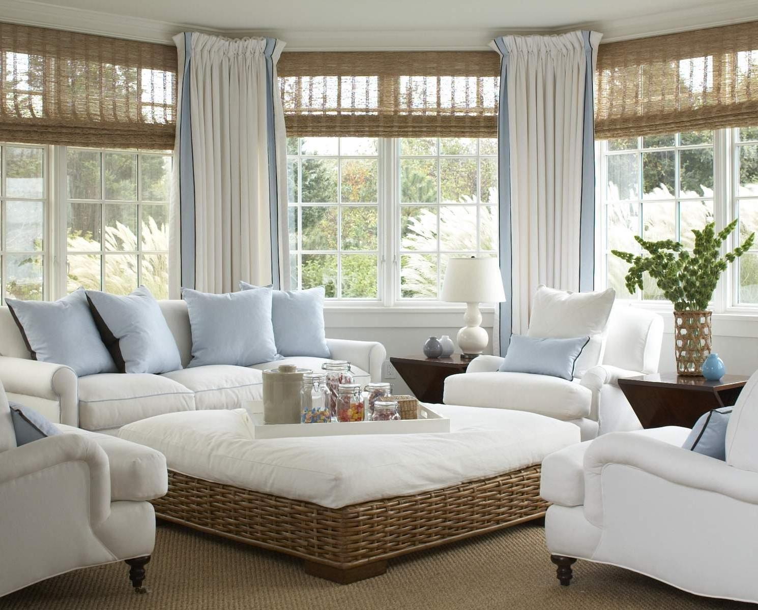Бело-голубые шторы
