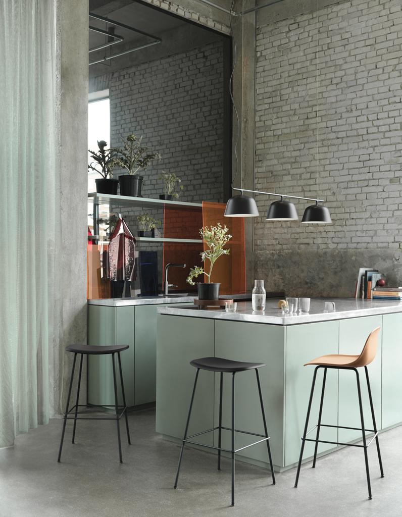 Дизайн кухни с барной стойкой модульной