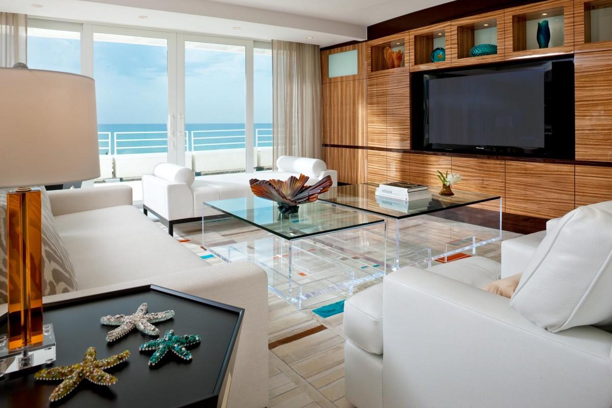 Декор гостиной элементами в морском стиле