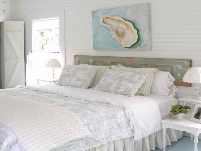 Спальня шебби-шик с морскими нотками