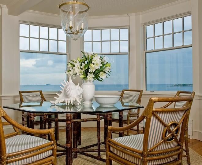 Морской дизайн гостиной-столовой