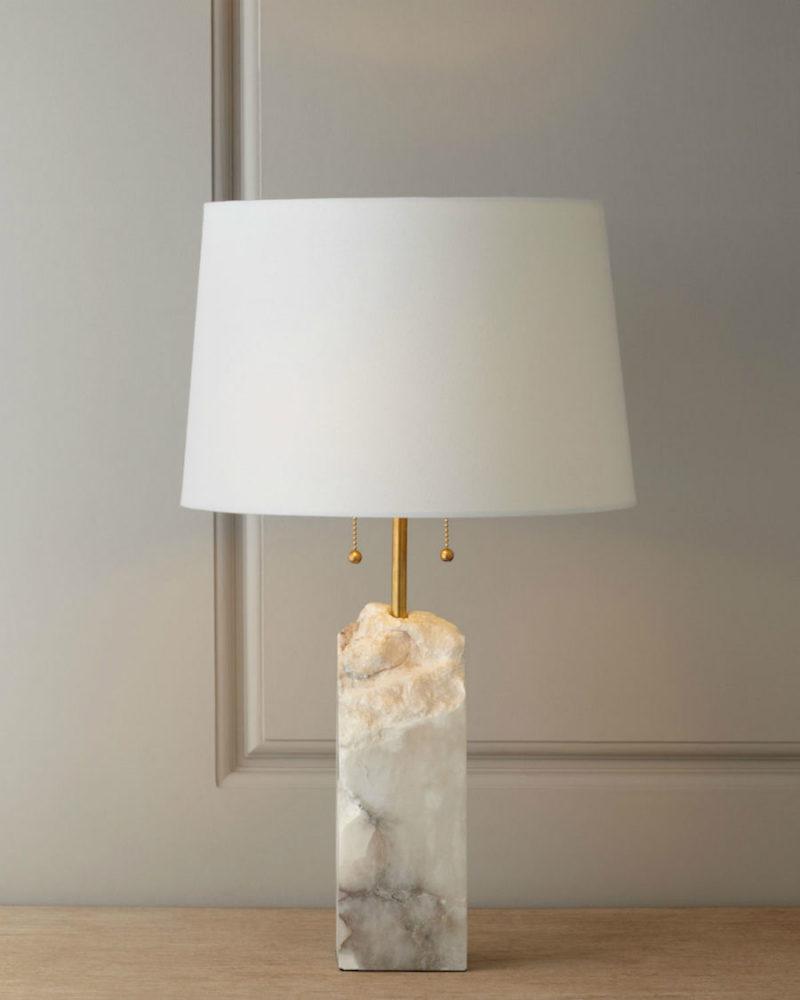Прикроватный светильник из мрамора