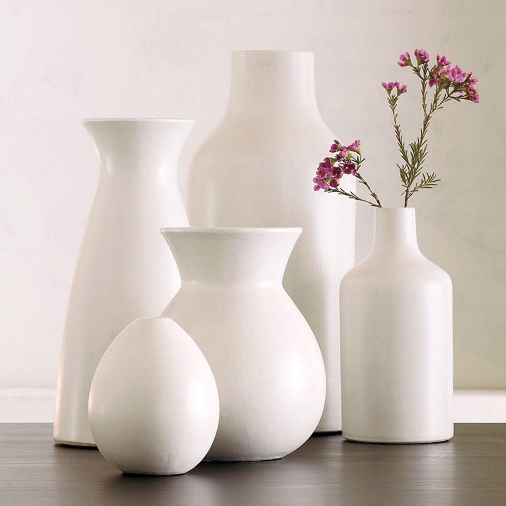 Набор белых керамических напольных ваз