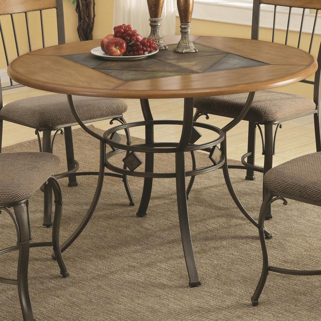 Красивый кухонный стол из металла и дерева